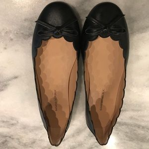 Scalloped bow flats - perfect condition!
